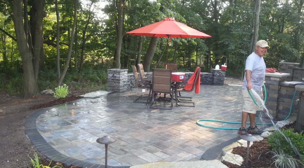 "Choosing ""The Right"" Landscape Contractor 